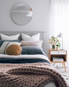 Instagrammable Bedroom Juby Interior design - https://jubyinteriordesign.co.uk/